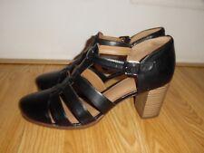 MINT Clarks Artisan Black Pumps Heels Shoes Women's Size 10 Medium Leather