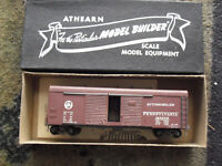Vintage HO Athearn Pennsylvania Automobile Box Car Built in Box