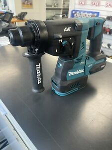 MAKITA HR001G 40V Max XGT Cordless Brushless 28mm SDS Rotary Hammer SKIN