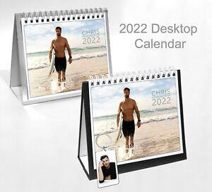 Chris Hemsworth 2022 Office Desktop Holiday Calendar + Key ring