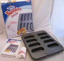 New Hostess Twinkies Bake Set Nonstick Baking Mold Pan Pastry Bag Tips Booklet
