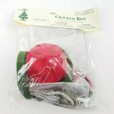 """New Vintage The Cracker Box """"Merry Christmas"""" Christmas Ornament Kit Red"""