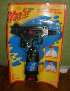 1987 OFFICIAL ZAP-IT TOY SQUIRT GUN-NEVER REMOVED FROM PACKAGE