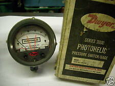 Dwyer 3025C Photohelic Pressure Switch / Gage 25 Psig New Condition In Box