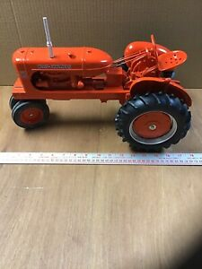 Scale Models 1/8 scale Allis-Chalmers WD45 tractor