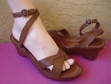 FRYE Sandal Ankle Strap Platform Wedge * 9 * Brown Leather MARGO Rivets Womens