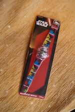 NEW Children's Officiel Star Wars Style Rétro Quartz analogique montre-bracelet 6+