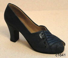 Just the Right Shoe by Raine - Lady Like 25044 - New In Box Coa