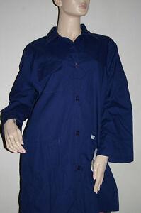 "Crest Woman S/S Lab Coat  Button Front 3 Pockets 32"" Length Style #160  Size XS"