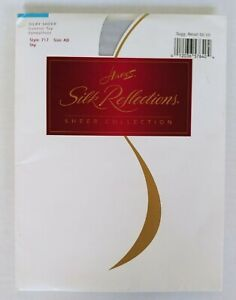 Hanes Size AB Silk Reflections Sky control top sandalfoot 1996 style 717