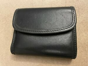 """Vintage Coach Small Black Leather Coin Purse Key Wallet Snap Closure 