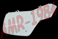 PANNEAU LATÉRAL DROITE APRILIA ETX 350 DE 1985 PEINT VERNI BLANCHE AP8130109