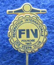 FEDERATION INTERNATIONAL VESPA CLUB , LAPEL OLD PIN STICK BADGE