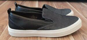 """Nine West Size 8M """"Olsen"""" Black slip on Sneaker"""