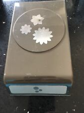Stampin Up Blossom builderpunch utilisé
