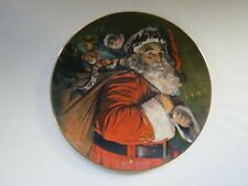Avon Christmas Plate 1987 The Magic Santa Brings