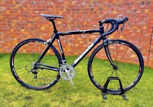 BIANCHI XL FULL CARBON ROAD SIZE 53