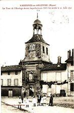 CPA  Varennes -en-Argonne (Meuse) La Tour de l'Horloge devant ...(178039)