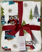 "Christmas Owls In Scarves & Hats Holiday Soft Plush Throw Blanket 50"" x 60""  NEW"