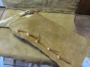 Vintage Leather Batwing Cowboy Chaps > Antique Horse Bit Western Saddles 10150