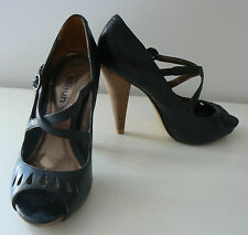SCHUH BLACK PEEP TOE CUT OUT LEATHER STILETTO HEELS SANDALS WOODEN HEEL 3 (36)