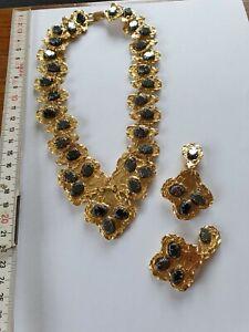 Schmuck, Goldene Halskette mit Edelsteinen, Ohrringe, 124,1 Gramm