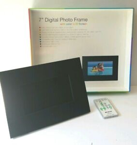 "Polaroid Digital Photo Frame 7"" LCD Screen Remote Desk Or Wall Mount XSA00720S"