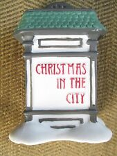 Deptartment 56 ~ Christmas in the City Village Sign ~ Mint ~ No Box