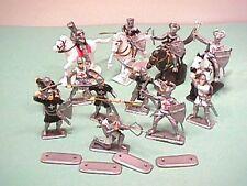 Plastic Medieval Crusaders Plastic Knights Set No. 1068 NEW!