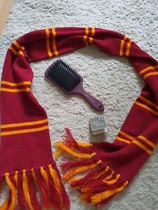Harry Potter Gryffindor Schal und Haarbürste