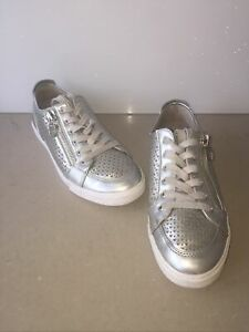 Guess Shoes Sneakers Silver Size 39 US 9 Women's