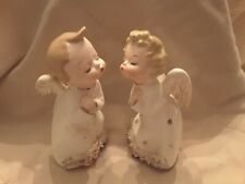 Vintage Ceramic Kissing Angels Boy and Girl Figurines, Spaghetti Trim