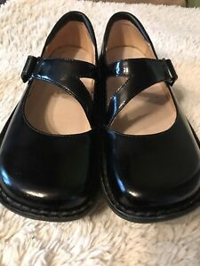 Alegria Mary Jane Flats for Women with