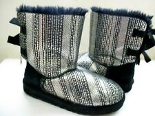 """UGG'S AUSTRALIA WOMENS  BOOTS """"SHORT BAILEY BOW BLING"""" BLACK & SILVER SIZE 5"""
