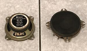 Une paire de Haut-Parleur Clarion Auto-radio SE-421