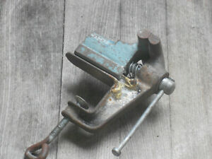 """Small clamp on vise, tool, 2 1/2"""" jaws"""