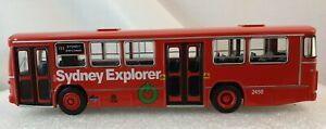 TRAX  TX19B 1/76 scale diecast, Mercedes Benz 0305 MKII Sydney Explorer Red Bus