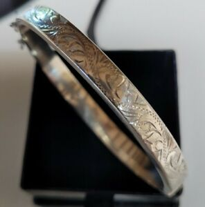 Vintage 60mm H&S London Sterling Silver Engraved Chased Hinged Bangle 11 Grams