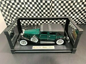 Signature Models 1930 Packard LeBaron Town Car - Green/Black - 1:18 Boxed