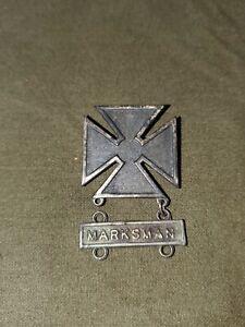 WWII US Army Marksman Qualification Badge with Marksman Bar PINBACK