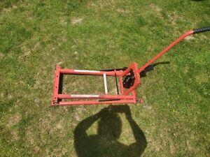 Pro-Lift T-5300E Lawn Mower Lift - Red