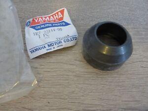 Yamaha Gabel Staubkappen RD125 DX YZ80 fork dust seal Original NEU