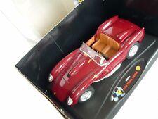 Shell Classico Ferrari Testarossa 1958 in 1:18 mit passendem Shell-Tankfass dazu