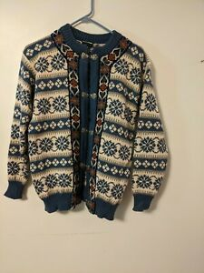 Dale of Norway Wool  Blue and White Snowflake  Sweater Size 40