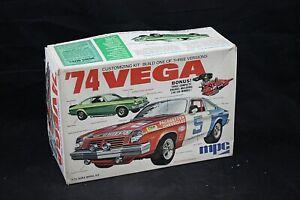 MPC '74 VEGA 3 in 1 Model Kit 1:25 Scale Open Box NICE