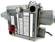 Allen Bradley 836T-D451J X9 /A Pressure Difference Control, 836TD451J