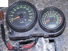 GPZ750 UT COCKPIT COMPTEUR de vitesse tachymètre Instruments 54378km ZX750A