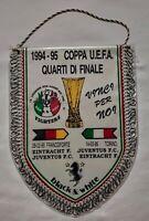 GAGLIARDETTO COPPA UEFA JUVENTUS EINTRACHT FRANCOFORTE 94 95 football PENNANT