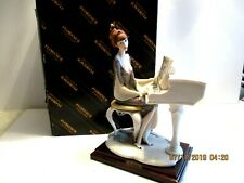Guiseppe Armani Lady at the Piano Porcelain Figurine Hand Signed Made in Italy