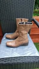 LADIES SOFT LIGHT TAN LEATHER MID CALF BOOTS LOW WEDGE BY KHRIO SIZE 3.